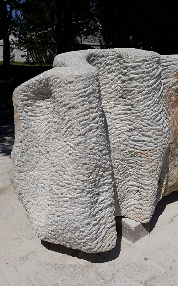 Whims of a sandstone. Sculpture by Emanuela Camacci